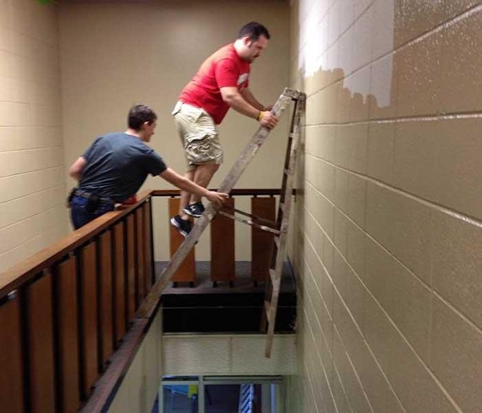 Spotting-Safety-Self-Supporting-Ladder-Blog-photo-4.7